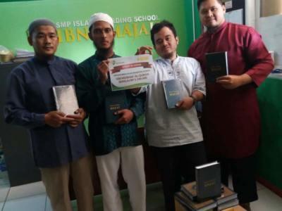 Penyaluran Tahap Awal Donasi Wakaf Al-Quran 02