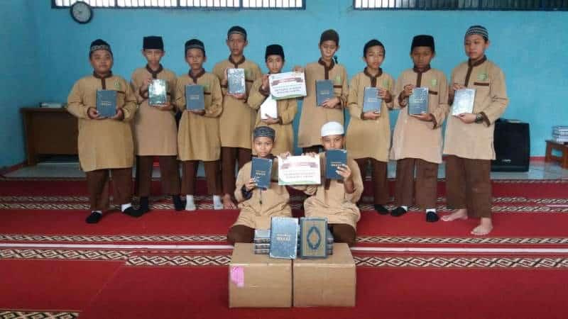 Penyaluran Tahap Awal Donasi Wakaf Al-Quran 04