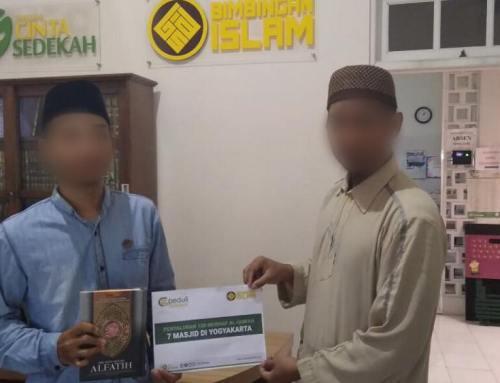 Penyaluran 120 Mushaf Al – Qur'an ke 7 Masjid di Yogyakarta