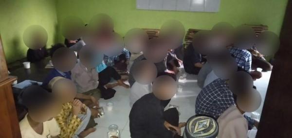 CSPeduli Sosial - Bantuan Buka Puasa Senin Kamis Ponpes Albarkah Sumenep